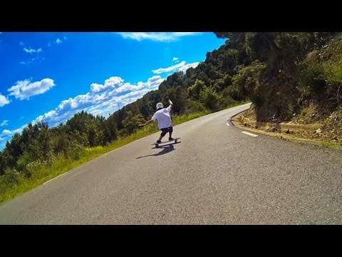 Longboarding in Barcelona with the Baffle 37