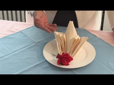how to make a bar napkin rose