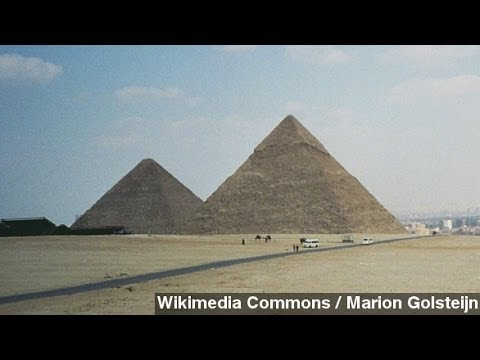 Egypt's Pyramid Construction Secret: Just Add Water