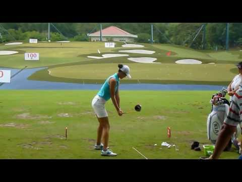 [HD] Michelle Wie on driving range at 2013 Sime Darby LPGA - Malaysia