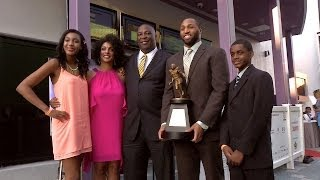 Jackson Jeffcoat receives Hendricks Award [March 31, 2014]