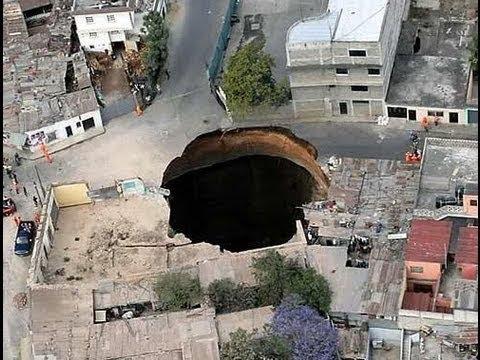 Aparecen extraños agujeros en la tierra en Guatemala y China