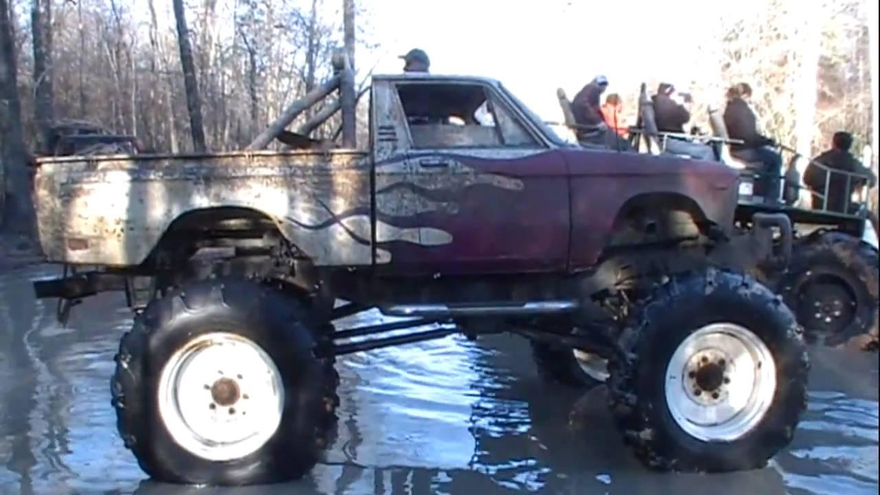 huge ford wrecker and swamp buggy crossing sabine river. Black Bedroom Furniture Sets. Home Design Ideas