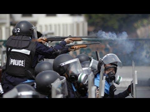 Bạo lực bùng phát ở trung tâm Bangkok