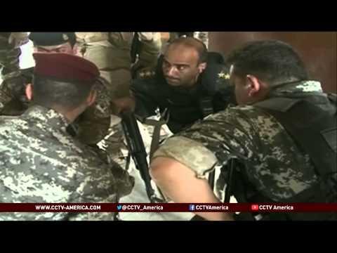 Insurgents in northern Iraq seize key cities