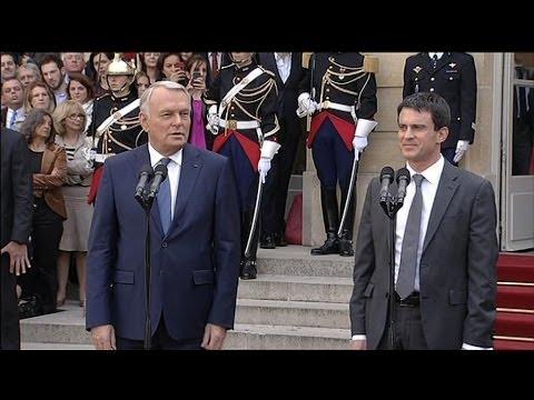 Passation de pouvoirs: Manuel Valls succède à Jean-Marc Ayrault - 01/04