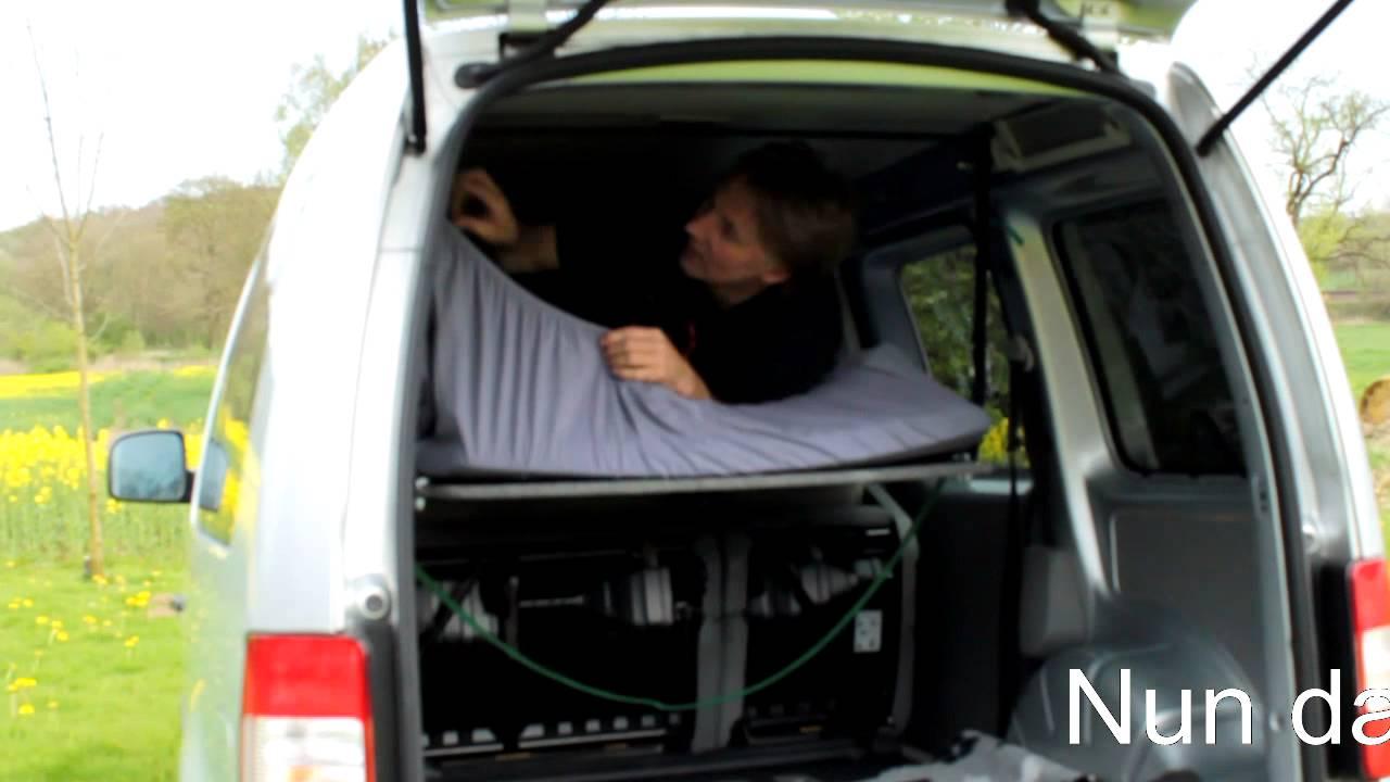 vw caddy bett im hochdachkombi mit ein paar handgriffen. Black Bedroom Furniture Sets. Home Design Ideas