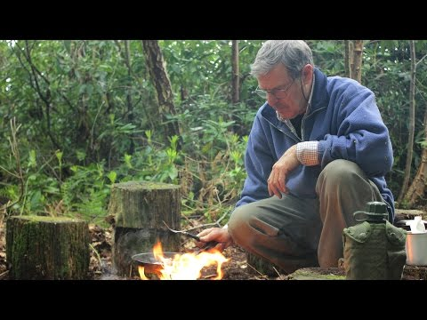 New Bushcraft Camp Construction - Site Clearing, Firepit & Bacon Breakfast