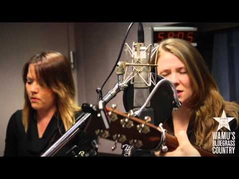 Della Mae - Empire [Live at WAMU's Bluegrass Country]