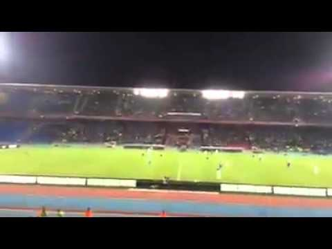 لحظة محاكمة أوزين بملعب مراكش من طرف الجماهير : شاهد الفيديو الى النهاية