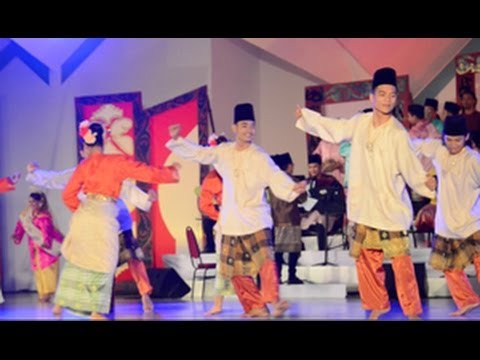 Dances Of Malaysia - Dancing In The Moonlight (21)
