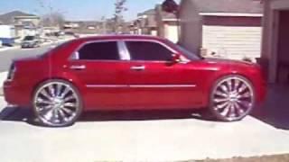 Chrysler 300 On 28s