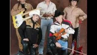 Agarrados de la mano (audio) Caballo Dorado