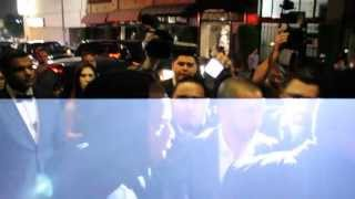 [Jay-Z leaves Hollywood Club with Beyonce | Gets Attacked by ...] Video