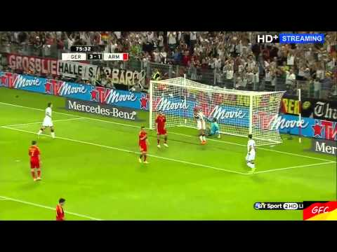 Miroslav Klose Breaks Gerd Müller's All Time German Scoring Record!