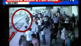 Child falls onto Mumbai local track, saved at the last moment - Exclusive