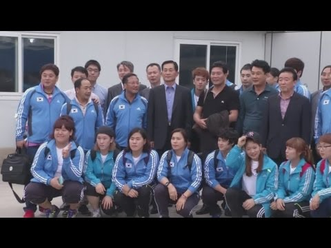 South Korean athletes arrive in North Korea