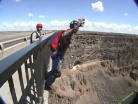 BASE-Jumping Perrine Bridge