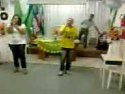 Quebrantado de Vineyard Music Brasil Na voz Quezia e Leandro