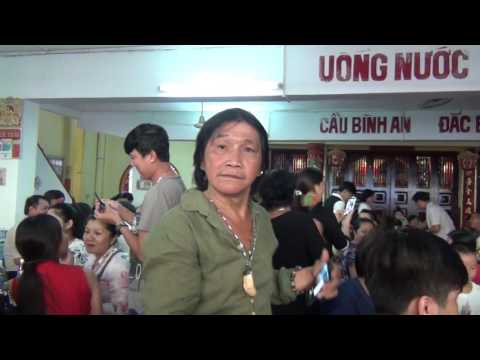 Nghệ sĩ Thanh Hằng trong đám giổ Cố Nghệ sĩ Đức Lợi 18/9/2016