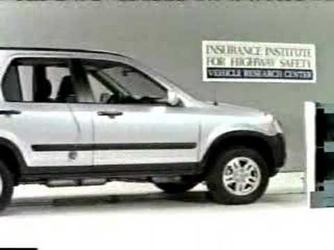 Crash test 2002 2006 honda cr v angle barrier test iihs for Honda crv crash test