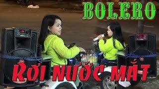 Giọng ca vàng Bolero đường phố   Xúc động với giọng hát em bán kẹo kéo có hoàn cảnh không may mắn