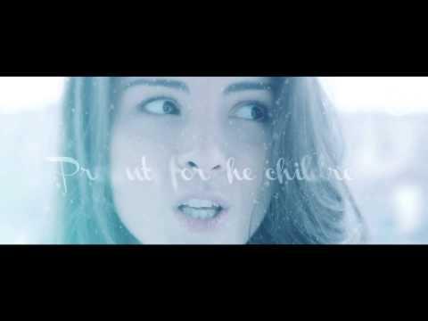 Sherri Ward - When Christmas Comes to Town (Lyric Video)