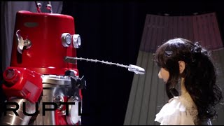 Robot Couple Frois and Yukirin Married in Japan
