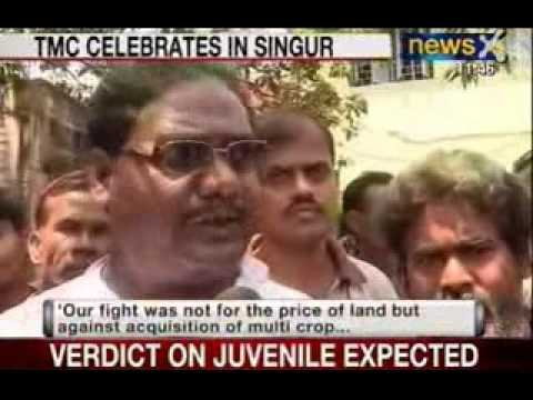 Trinamool Congress celebrates land bill in Singur