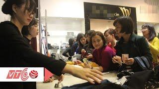Người dân hào hứng với ngày mua sắm Black Friday | VTC