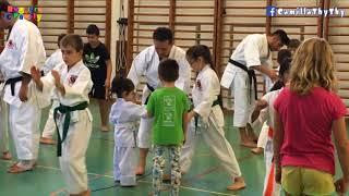 Ngày đầu tiên LyLy đi học võ karate cùng chị