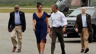 أوباما وعائلته في أخر اجازة صيفية وهو في منصبه كرئيس للولايات المتحدة |