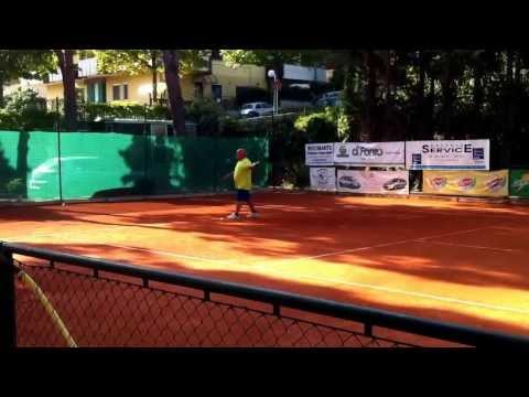 Al Circolo Due Pini di Pescara...il tennis é...OVER....the top. seconda parte.
