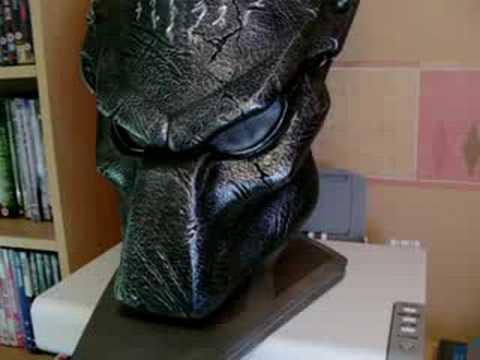 hqdefault jpgWolf Predator Mask Sideshow