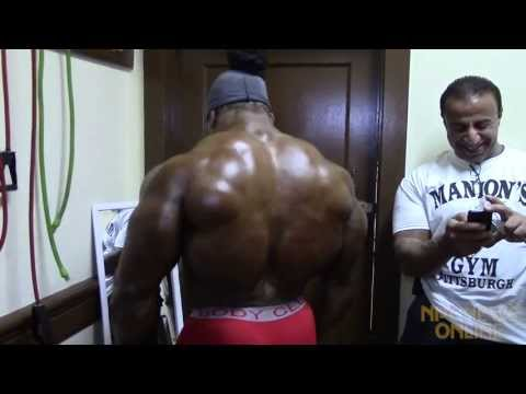 Kai Greene Backstage at the 2013 NPC/IFBB Pittsburgh Championships