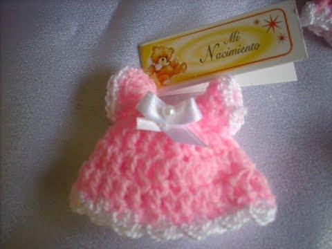 Como hacer un souvenir en crochet ,vestidito