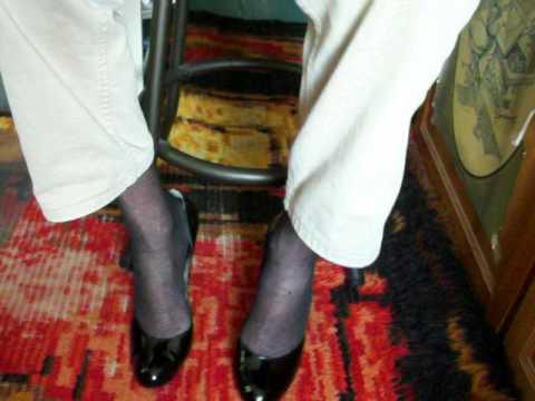 Round toe heels on bar stool 27apr12