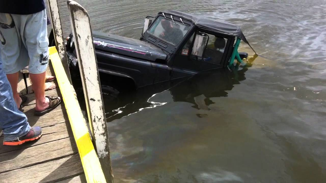Man Looses Car And Trailer At Boat Ramp Amp Is Lucky To