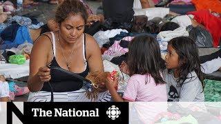 Migrant caravan moves north towards U.S. border