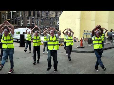 Dancing Gary Lineker Flashmob!