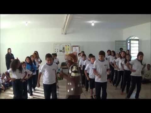 Apresentação de nossos alunos - Escola Santo Tomás de Aquino