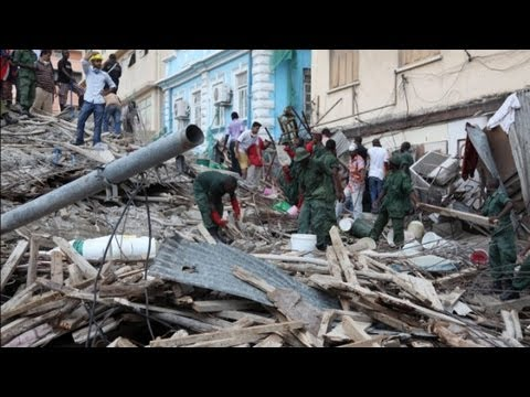Building collapses in Tanzania image