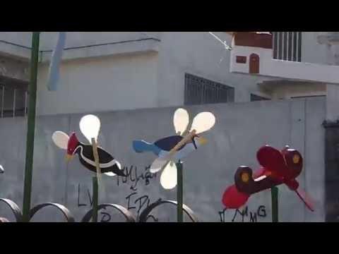 Cata-vento - mostra de alguns modelos em ação pelo vento