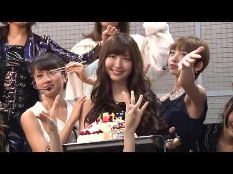 「女神はどこで微笑む?」MVメイキング映像 / AKB48[公式]