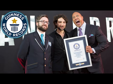 Dwayne 'The Rock' Johnson attempts a selfie record - Guinness World Records
