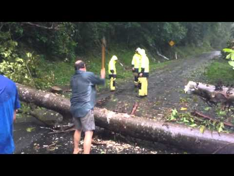 4pm April 12 tropical Cyclone Ita Cairns - In a little bit of trouble....We got trapped...