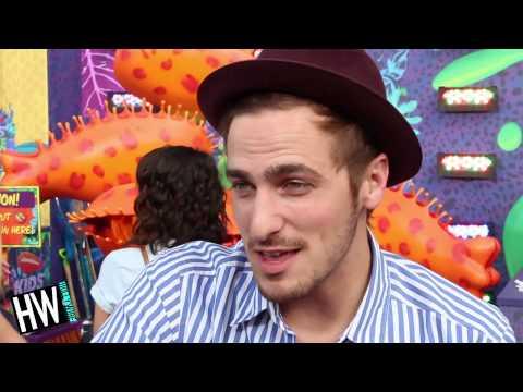 Kendall Schmidt Talks 'Big Time Rush' Memories & New Music! (KCA 2014)
