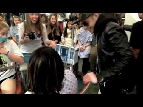 Justin Bieber Visits Children's Healthcare of Atlanta - Video