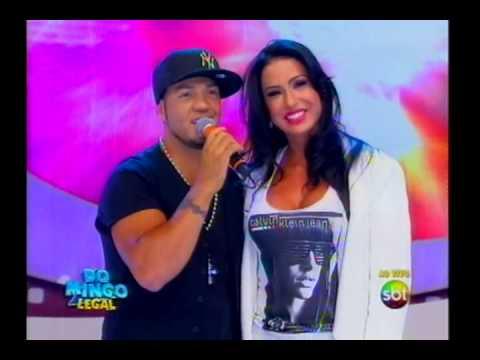 Domingo Legal - Belo canta para Gracyanne Barbosa