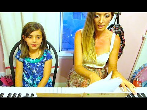 PRINCESSTARD IS WRITING A SONG!